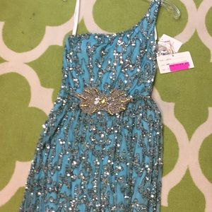 MacDuggal size 4 one of a kind .prom pageant. NEW